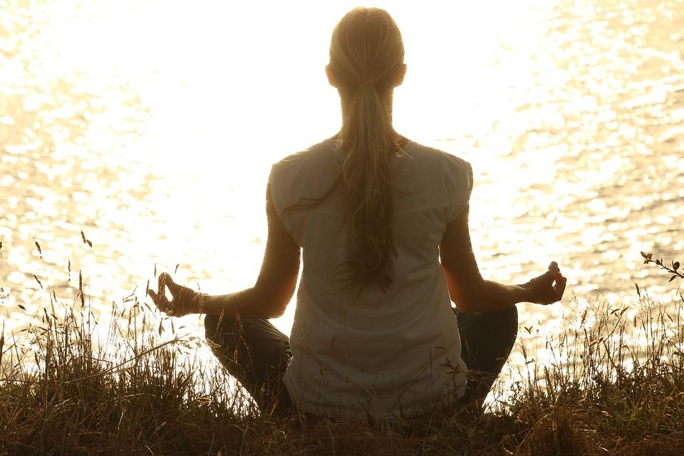 consejos-practicos-aprender-meditar