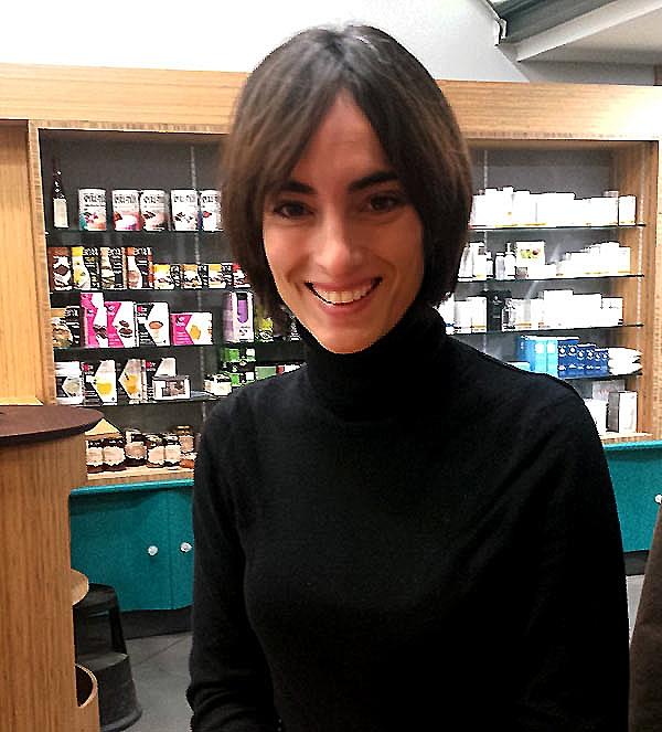 gema-martinez-comunicacion-farmacia-serra